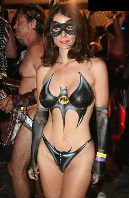 Incredible Batgirl Body Paint 448 x 683 · 60 kB · jpeg