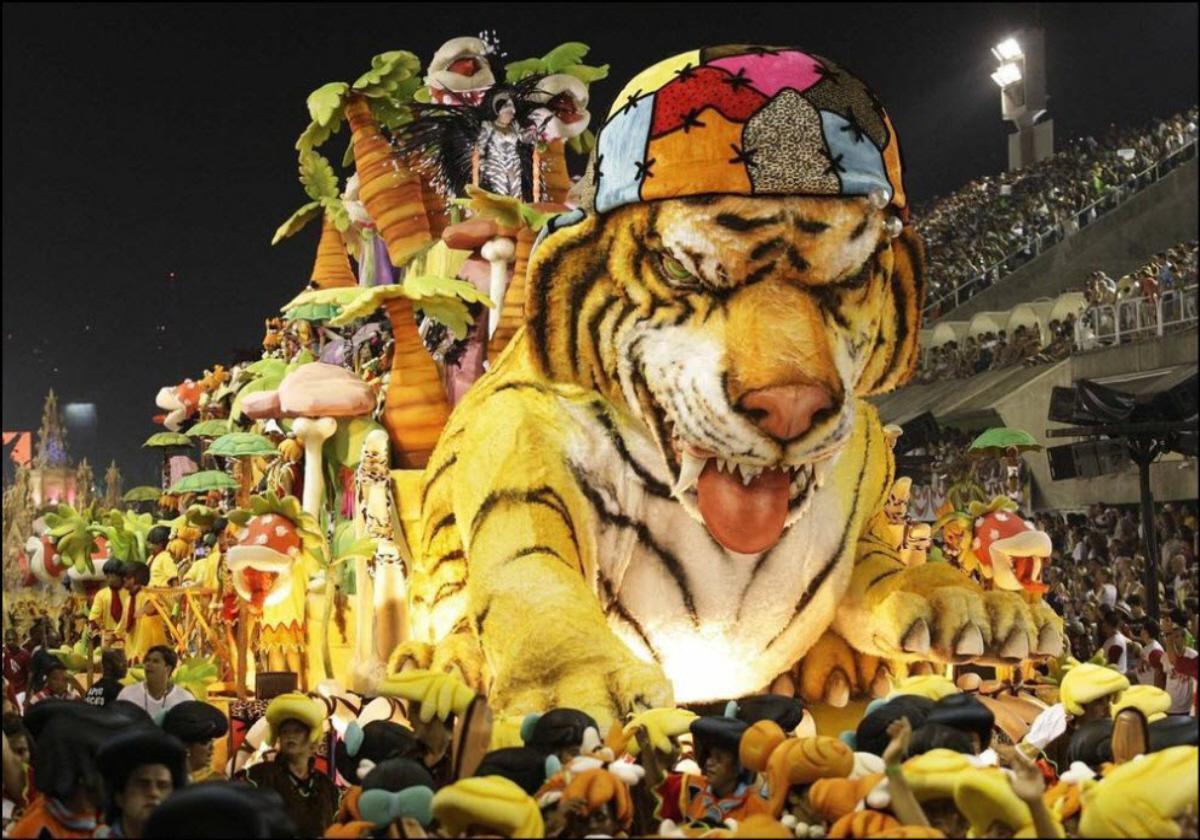 Carnival-in-Rio-de-Janeiro2