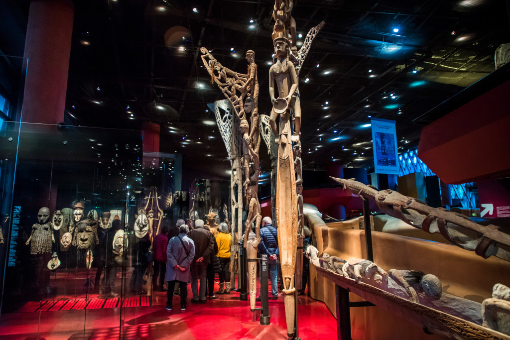 Activists Try to Steal African Artifact from Quai Branly Museum