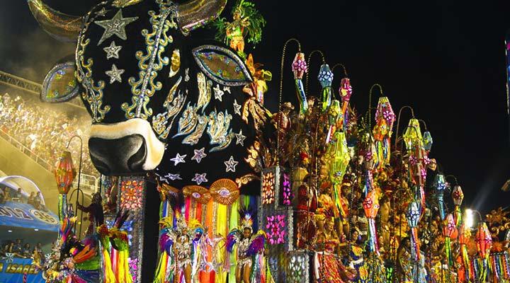 live-brazil-rio-de-janeiro-sambadome-samba-schoolparade-float-carnival-biggest